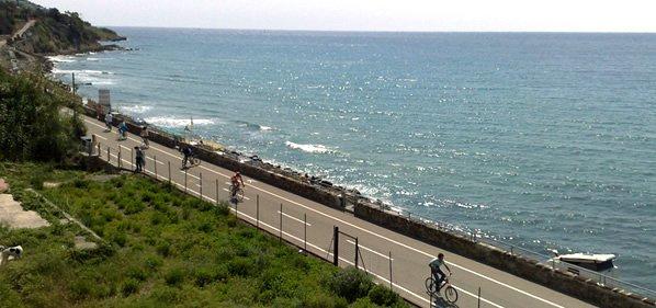 cycling path liguria