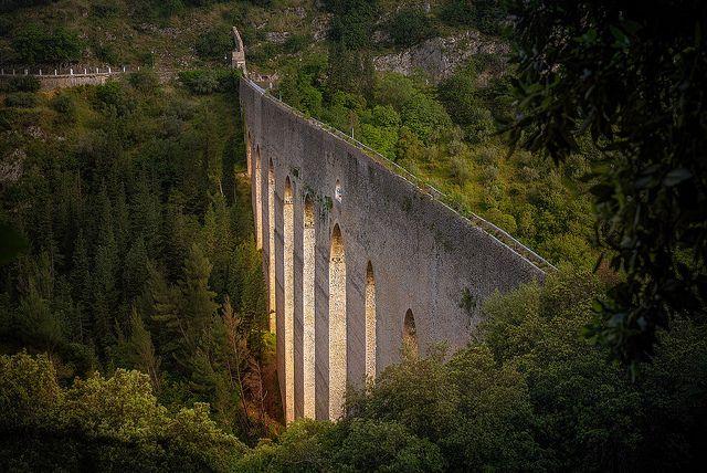 acquedotto romano a Spoleto