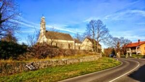 chiesa con bici1