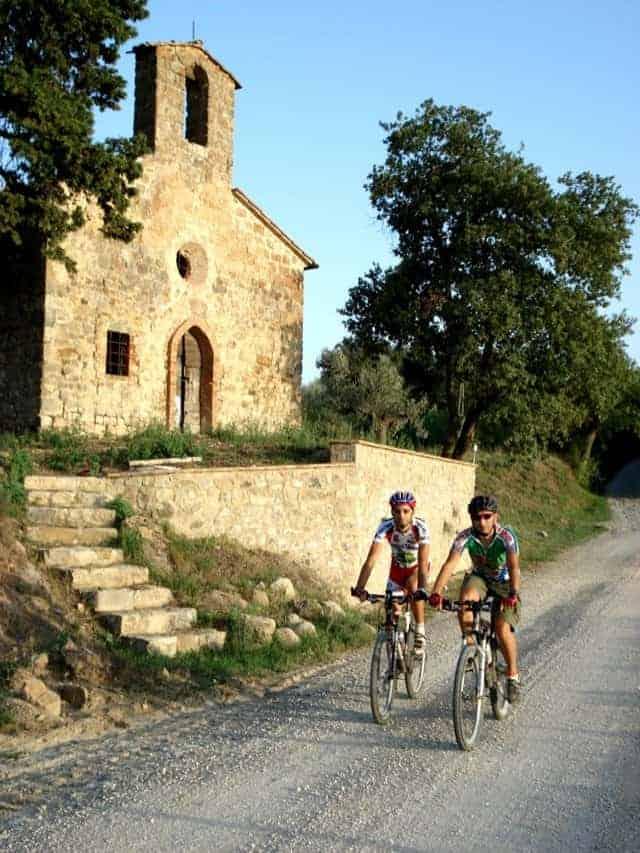 viaggiare in bici in umbria