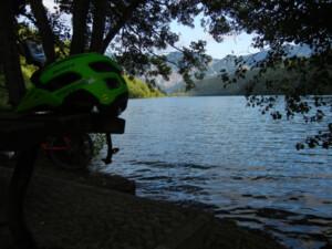 lago-con-casco