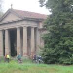 Saletta (frazione di Costanzana) è considerata un luogo ricco di leggende