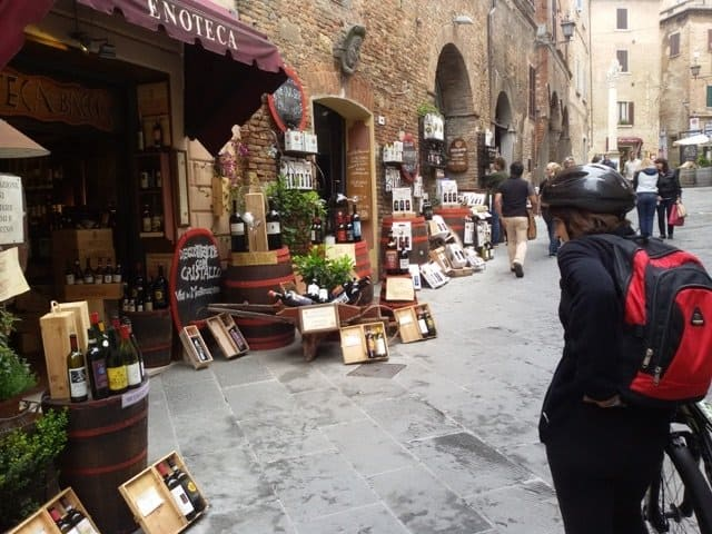 pedalare in toscana