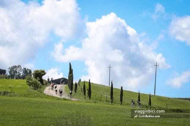in bicicletta strade bianche toscane