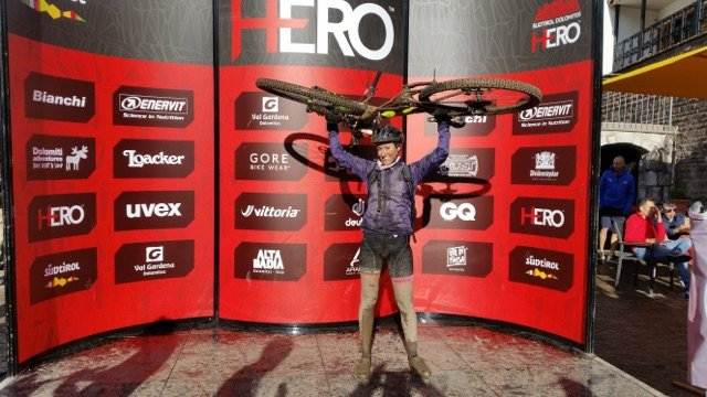 Paola Brazioli, quando la bici diventa un abito di vita