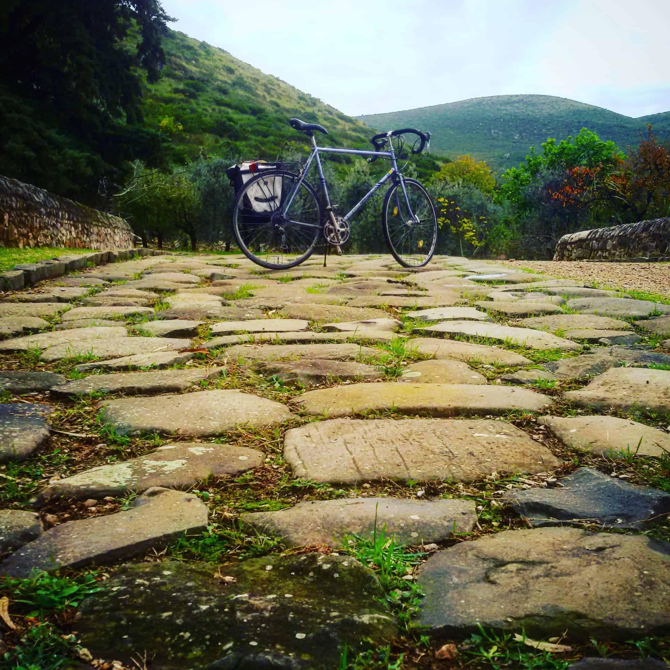 Appia Antica da Fondi a Itri, in bici