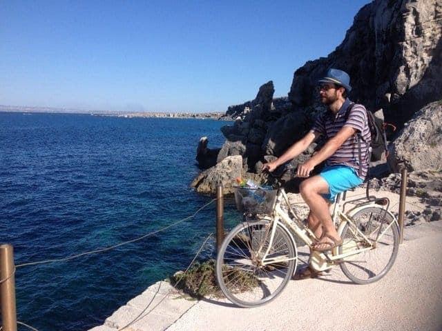 ciclista a favignana
