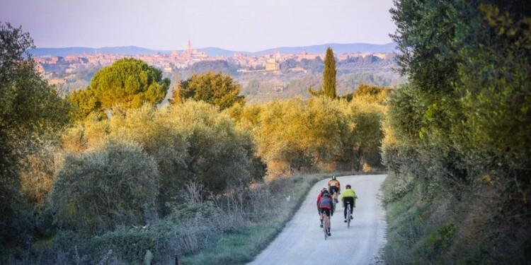 Eroica, ciclismo vintage, strade bianche