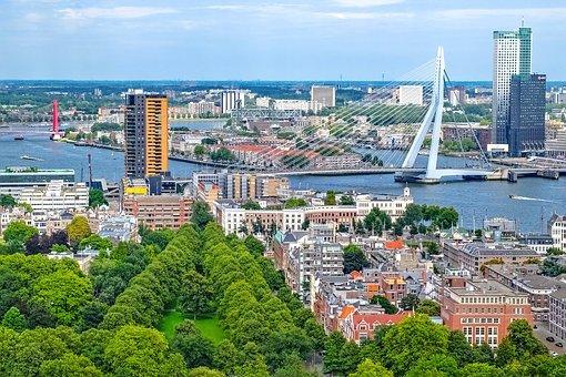 Apre la banca delle biciclette a Rotterdam